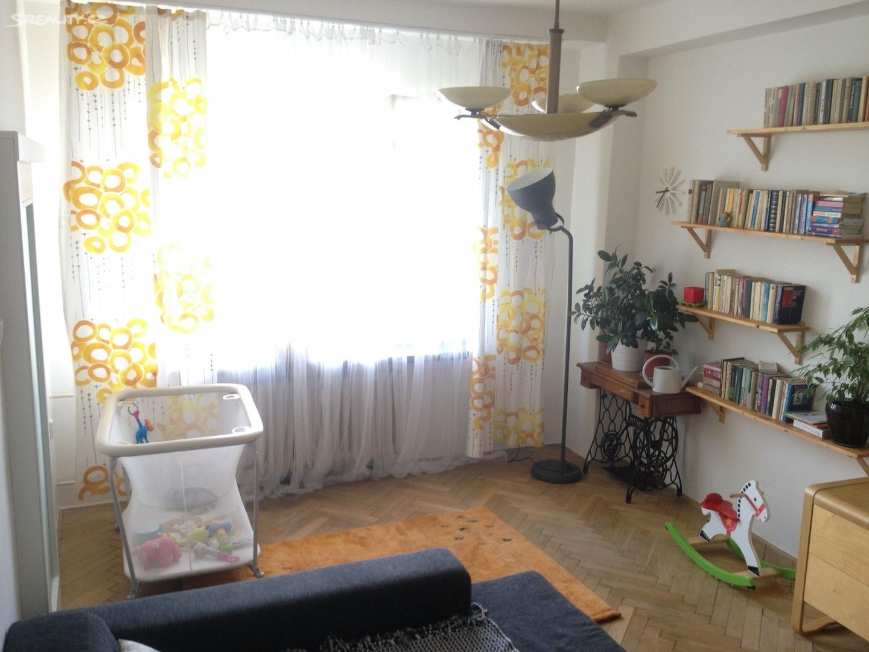 למכירה דירת 3 חדרים בפראג 4, שכונת פודולי (3)