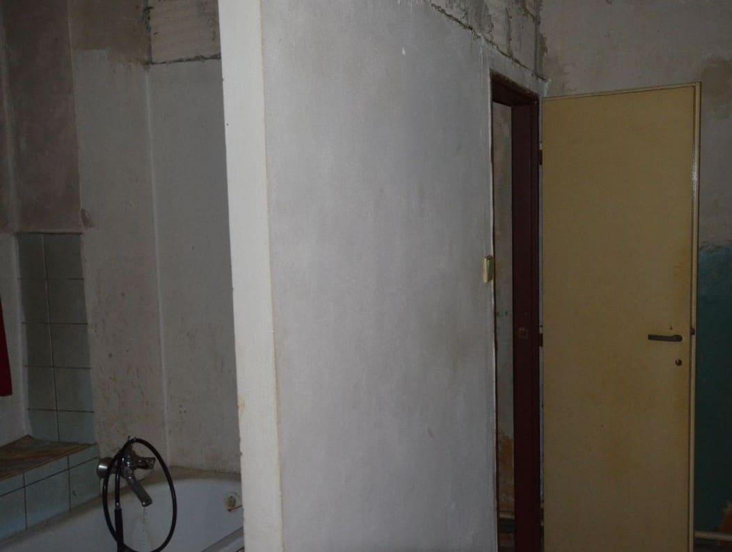 למכירה דירת 2 חדרים ליד בית הכנסת הירושלמי המפואר בפראג 1 (1)