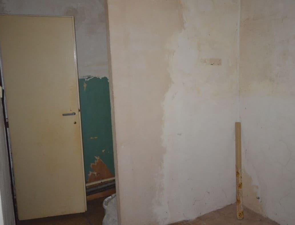 למכירה דירת 2 חדרים ליד בית הכנסת הירושלמי המפואר בפראג 1 (10)