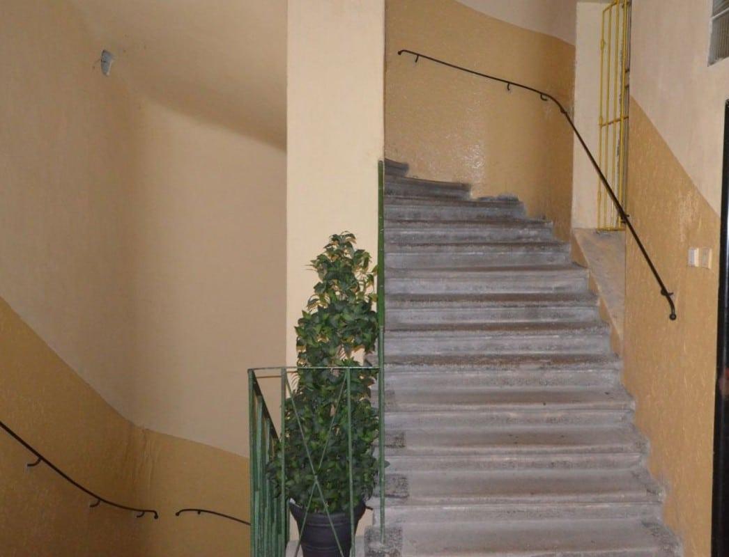 למכירה דירת 2 חדרים ליד בית הכנסת הירושלמי המפואר בפראג 1 (4)