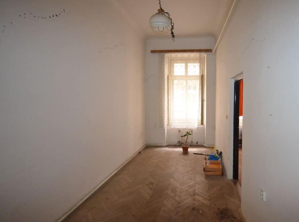 למכירה דירת 2 חדרים ליד בית הכנסת הירושלמי המפואר בפראג 1 (6)