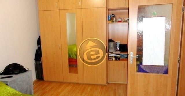 למכירה בפראג 3 שכונת ז'יזקוב דירת 2 חדרים, 30 מר במחיר מצוין! (1)