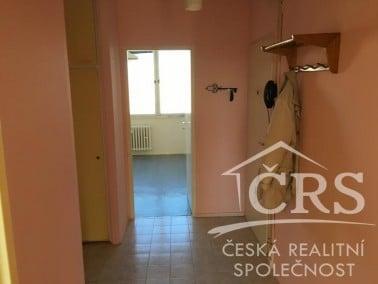 למכירה בשכונת נוסלה, פראג 4 דירת 4 חדרים (1)