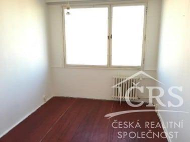 למכירה בשכונת נוסלה, פראג 4 דירת 4 חדרים (14)