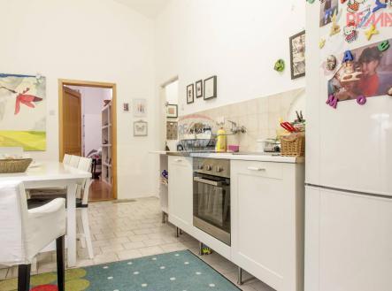 למכירה דירת 3 חדרים 59 מר בפראג 1, העיר החדשה (6)
