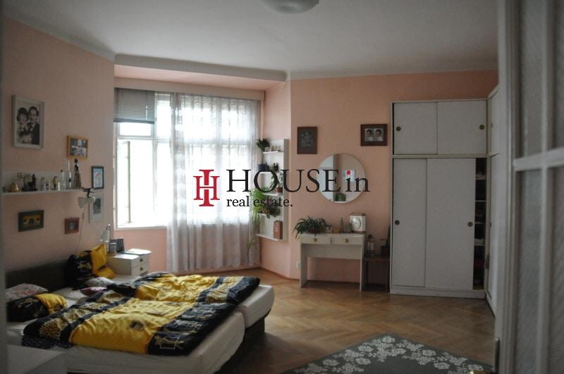 למכירה דירת 6 חדרים בפראג 7 משופצת צמוד לפארק Bubenska (14)