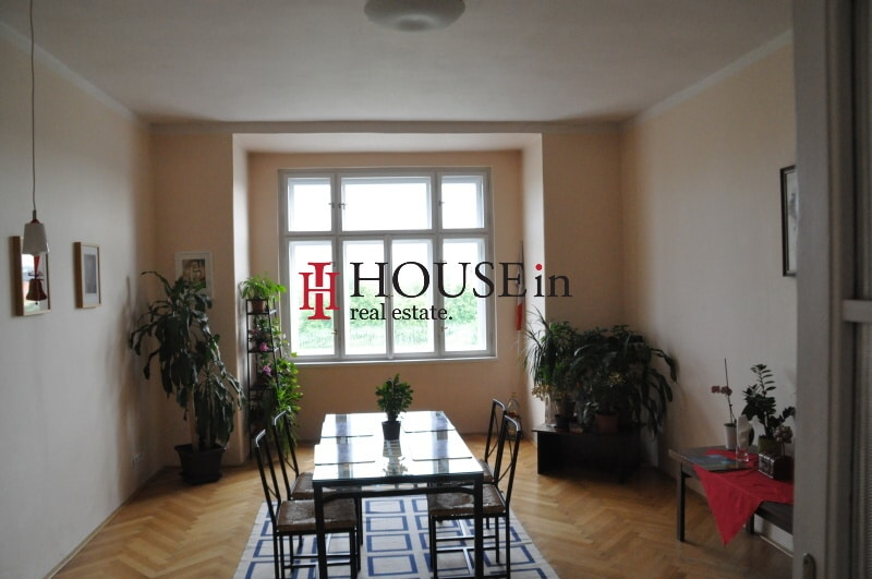 למכירה דירת 6 חדרים בפראג 7 משופצת צמוד לפארק Bubenska (2)
