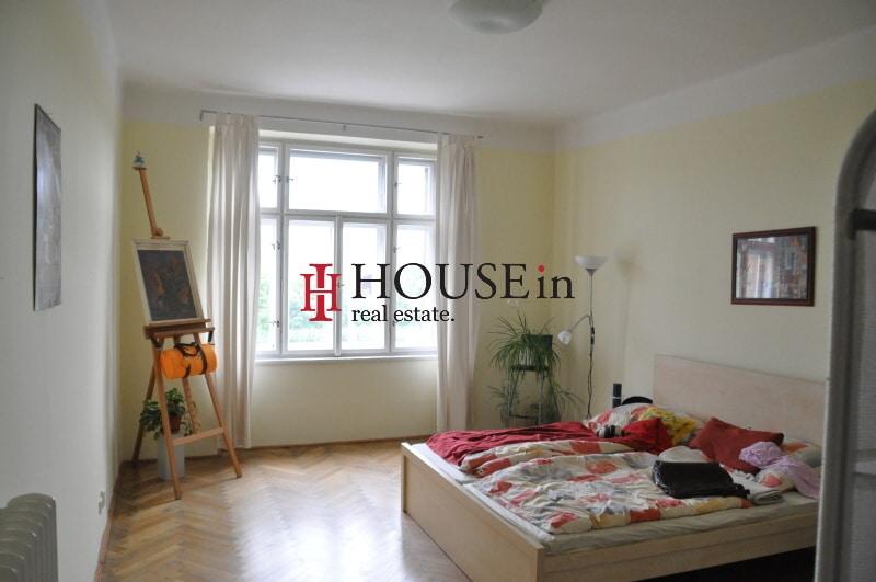 למכירה דירת 6 חדרים בפראג 7 משופצת צמוד לפארק Bubenska (3)