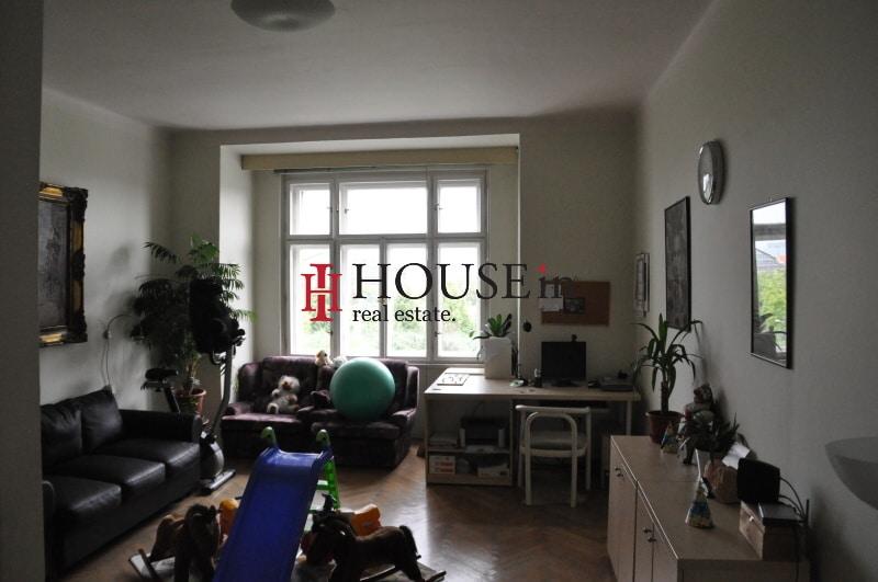 למכירה דירת 6 חדרים בפראג 7 משופצת צמוד לפארק Bubenska (8)