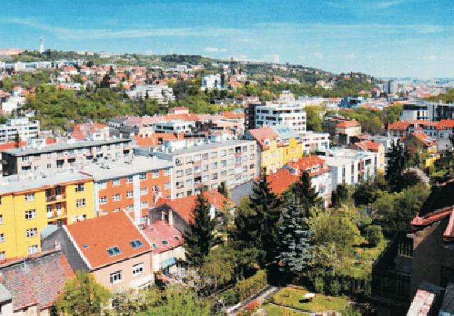 למכירה בניין משולב מגורים ומסחר בפראג 5