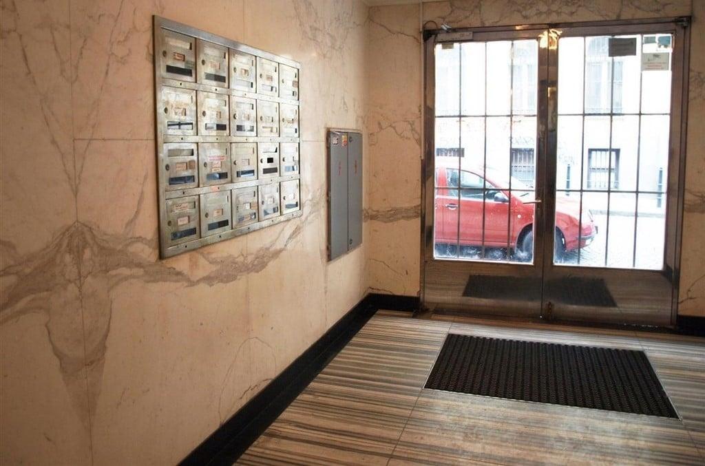 למכירה דירת חדר על 31 מר במרכז העיר פראג, העיר החדשה (4)