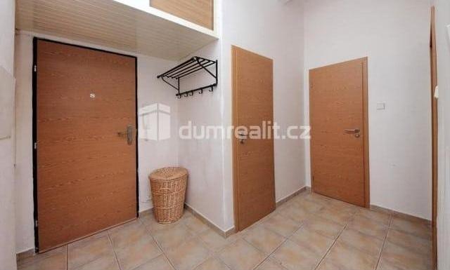 למכירה דירת 2 חדרים להשקעה, 45 מר בפראג 5 שכונת סמיכוב (11)
