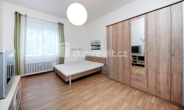 למכירה דירת 2 חדרים להשקעה, 45 מר בפראג 5 שכונת סמיכוב (4)