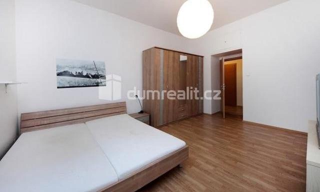 למכירה דירת 2 חדרים להשקעה, 45 מר בפראג 5 שכונת סמיכוב (5)