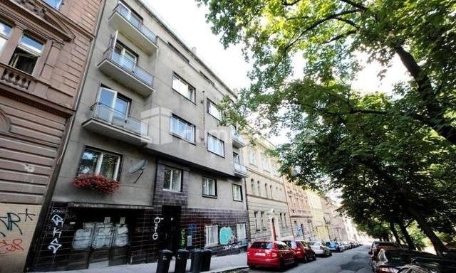 למכירה דירת 2 חדרים להשקעה, 45 מר בפראג 5 שכונת סמיכוב (7)