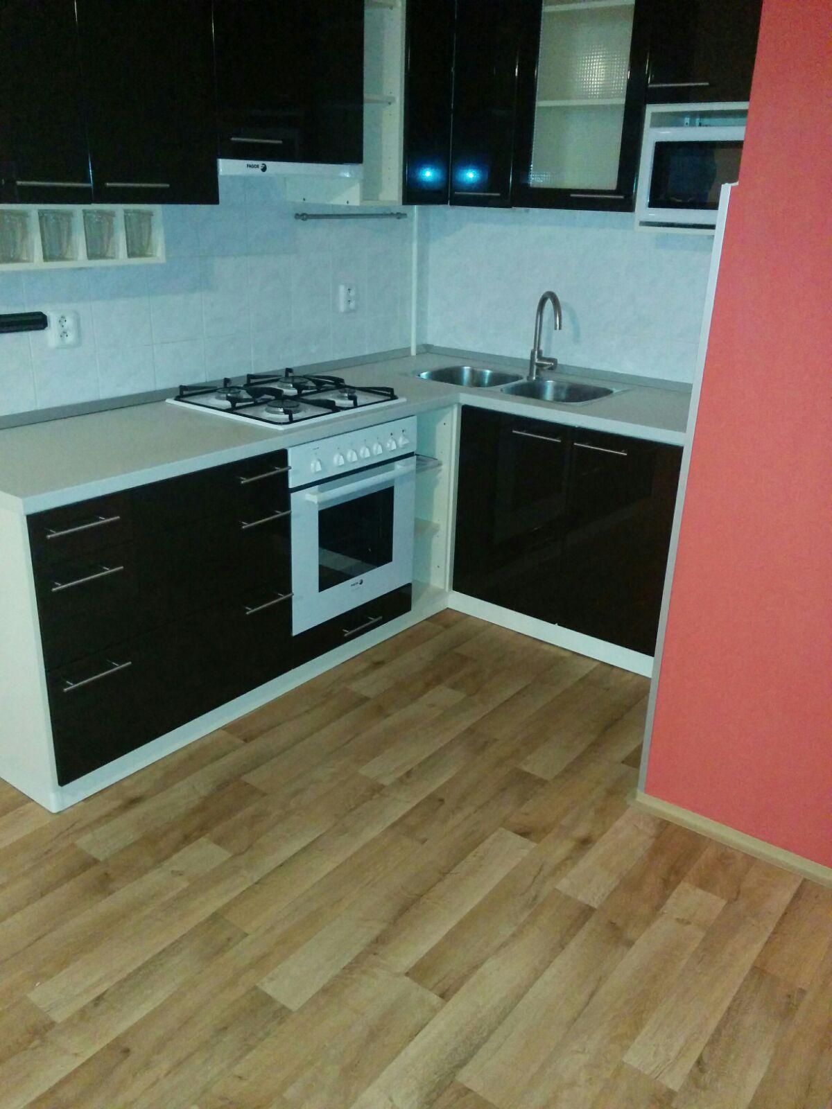 למכירה דירת 2 חדרים מתאימה להשקעה בשכונת זיזקוב פראג 3 -tt (1)