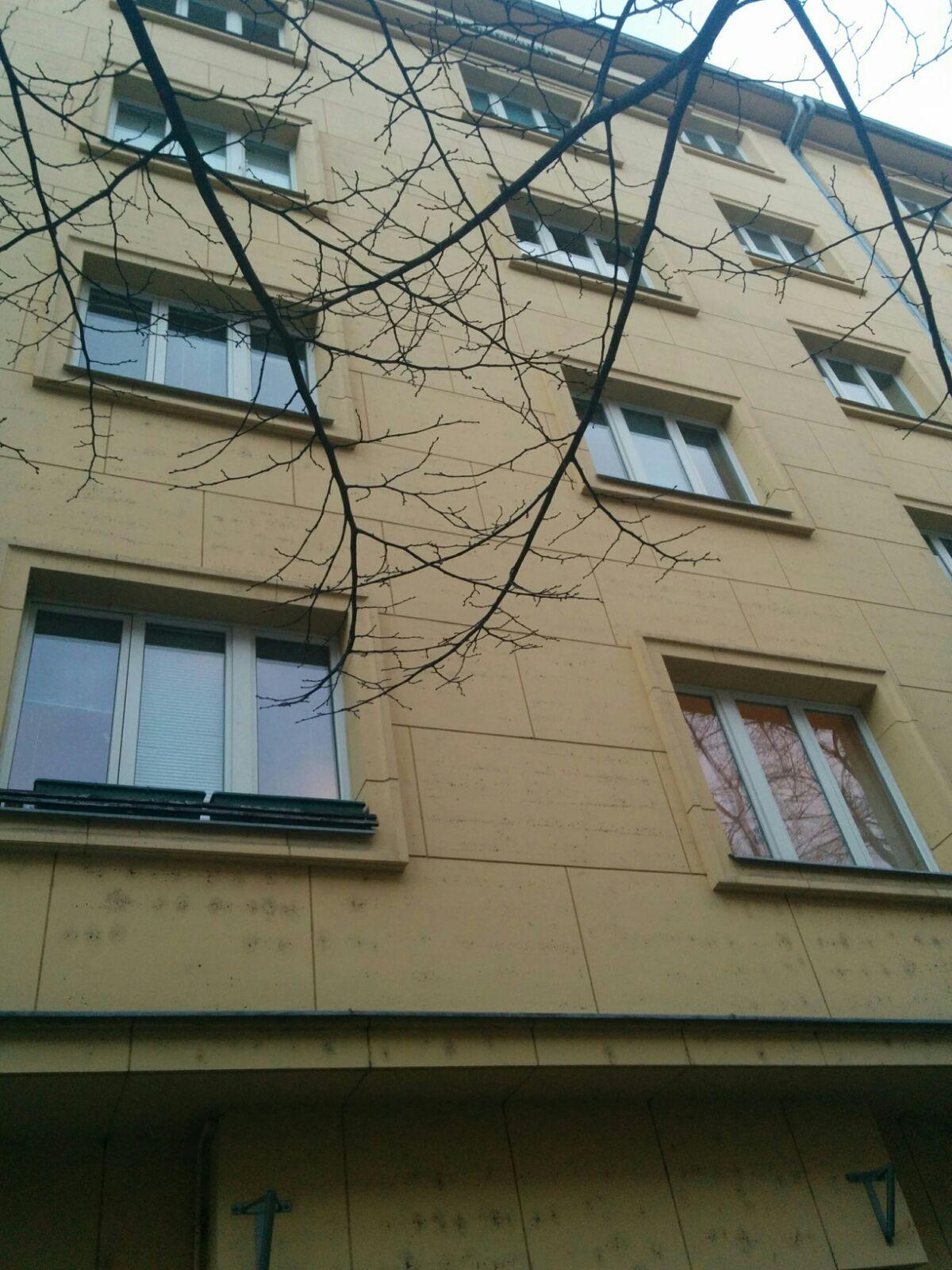 למכירה דירת 2 חדרים מתאימה להשקעה בשכונת זיזקוב פראג 3 -tt (4)