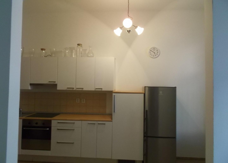 למכירה דירת 2+1 על 67 מר בשכונת קרלין, פראג 8 צמוד לפראג 1 (1)