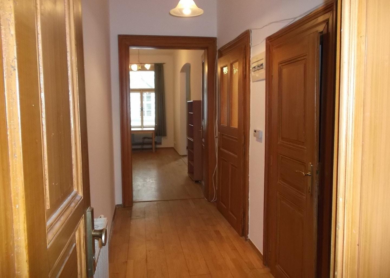 למכירה דירת 2+1 על 67 מר בשכונת קרלין, פראג 8 צמוד לפראג 1 (10)