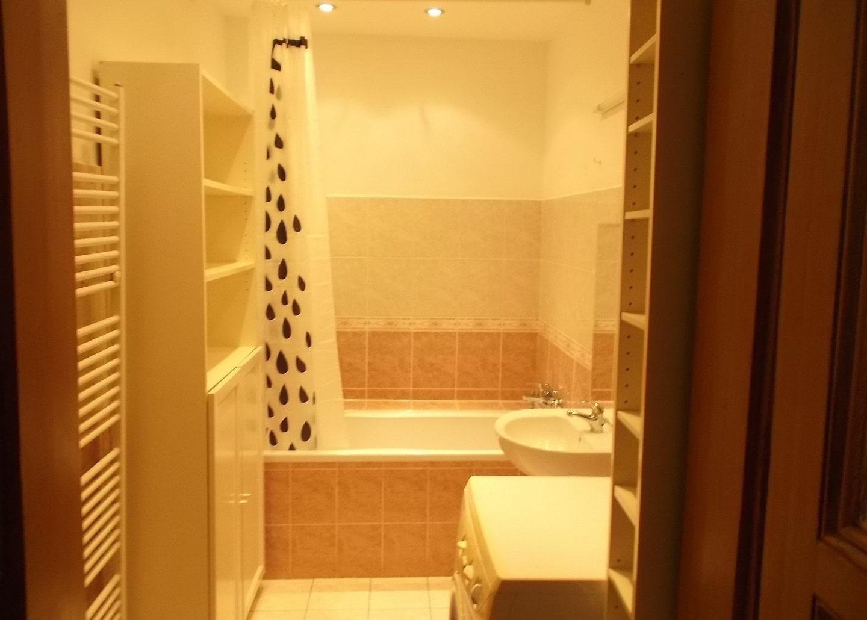 למכירה דירת 2+1 על 67 מר בשכונת קרלין, פראג 8 צמוד לפראג 1 (12)
