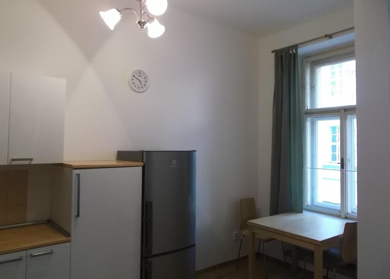 למכירה דירת 2+1 על 67 מר בשכונת קרלין, פראג 8 צמוד לפראג 1 (2)