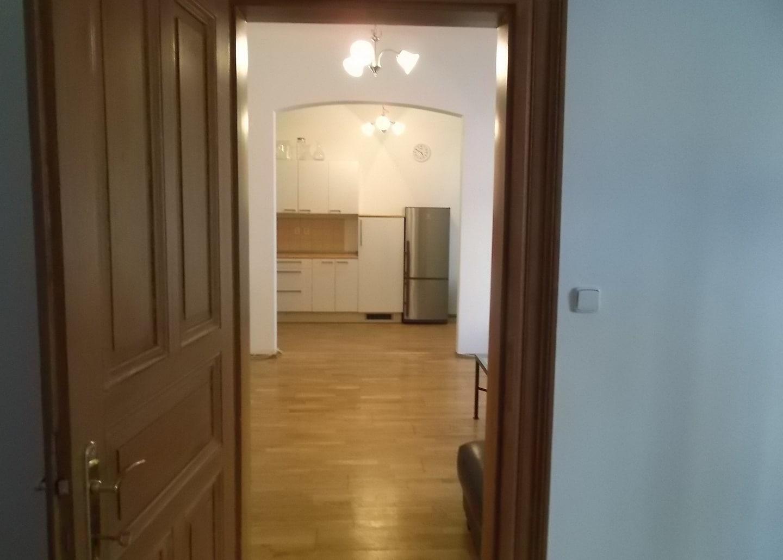 למכירה דירת 2+1 על 67 מר בשכונת קרלין, פראג 8 צמוד לפראג 1 (4)