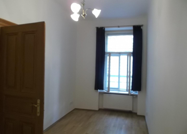 למכירה דירת 2+1 על 67 מר בשכונת קרלין, פראג 8 צמוד לפראג 1 (5)
