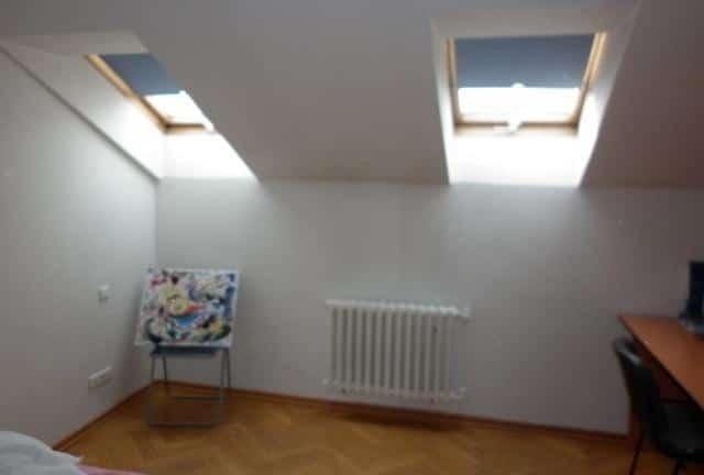 למכירה דירת 3+kk דו קומתית בפראג 2 על שטח של 83 מר (1)