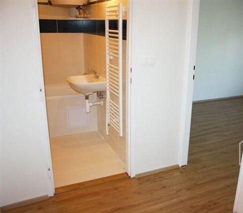 דירת חדר להשקעה בשכונת נוסלה בפראג 4, 33 מר (3)