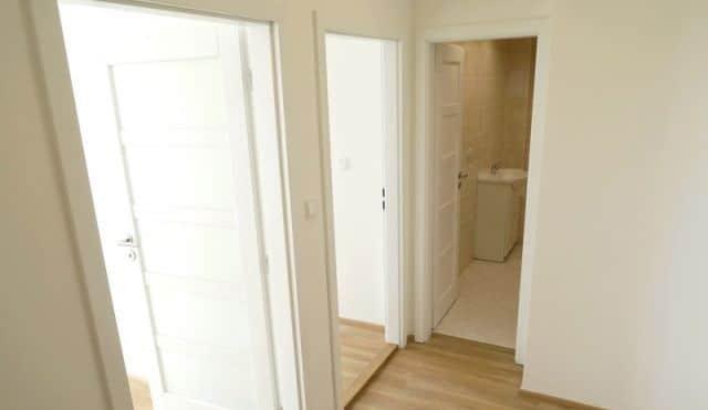 למכירה דירה להשקעה, 2+kk על 55 מר בפראג 4 (9)