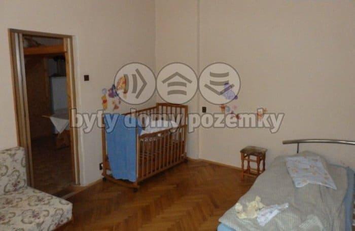למכירה דירת 2 חדרים להשקעה במרכז פראג 1 (11)