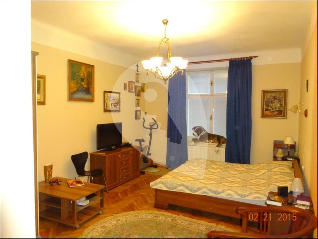 למכירה בפראג 2 דירת 77 מר 3+1 (4)