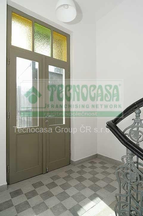 למכירה דירת דופלקס 85 מר בפראג 2-  3ּּּּ חדרים+KKּ (1)