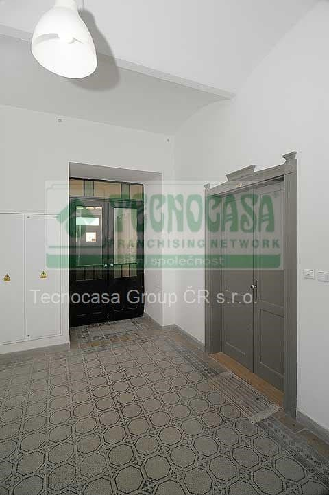 למכירה דירת דופלקס 85 מר בפראג 2-  3ּּּּ חדרים+KKּ (5)