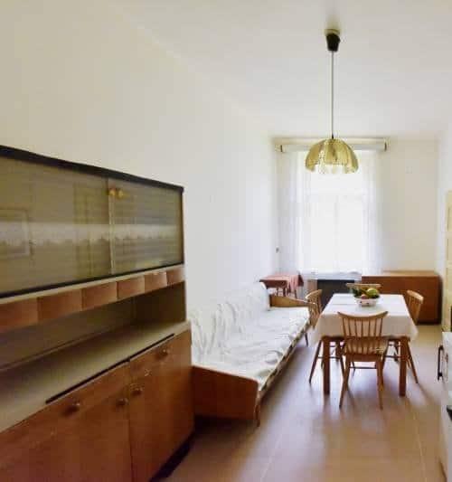 למכירה דירת 2 חדרים בשכונת ז'יז'קוב בפראג (1)ב