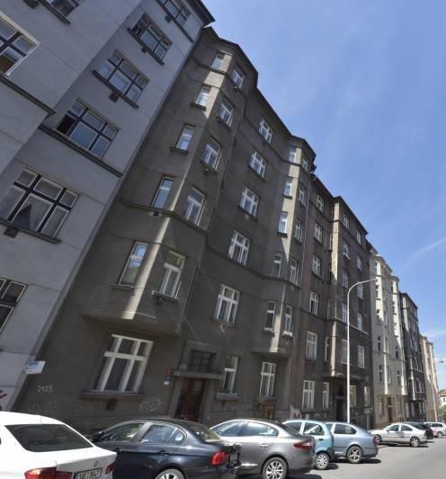 למכירה דירת 2 חדרים בשכונת ז'יז'קוב בפראג (1)