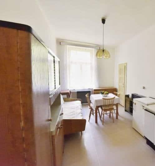 למכירה דירת 2 חדרים בשכונת ז'יז'קוב בפראג (5)