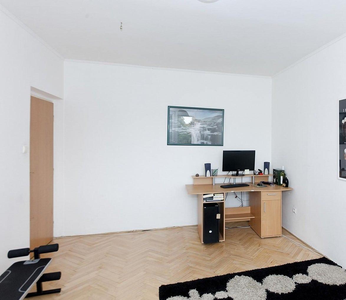 למכירה דירת 2+1 בפראג 6 54 מר (6)