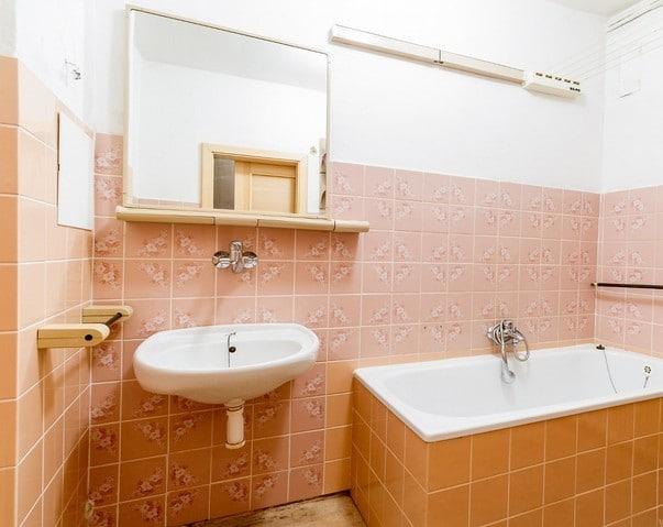 למכירה דירת 2+1 על 67 מר בשכונת ורשוביצה בפראג (5)