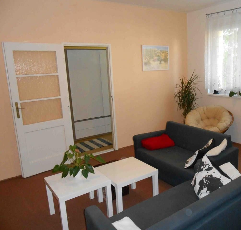 למכירה דירת 2+kk על 41 מר בפראג 6 שכונת בר'בנוב (1)