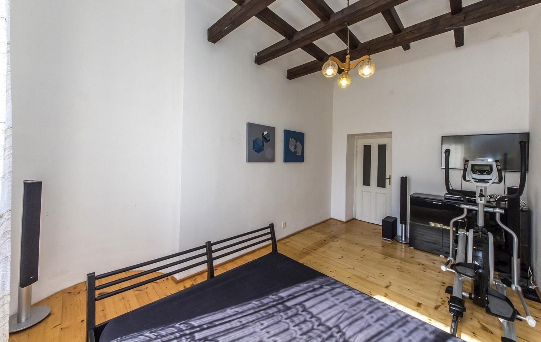 למכירה דירת 3+kk יפהפיה בפראג 1 העיר החדשה (26)
