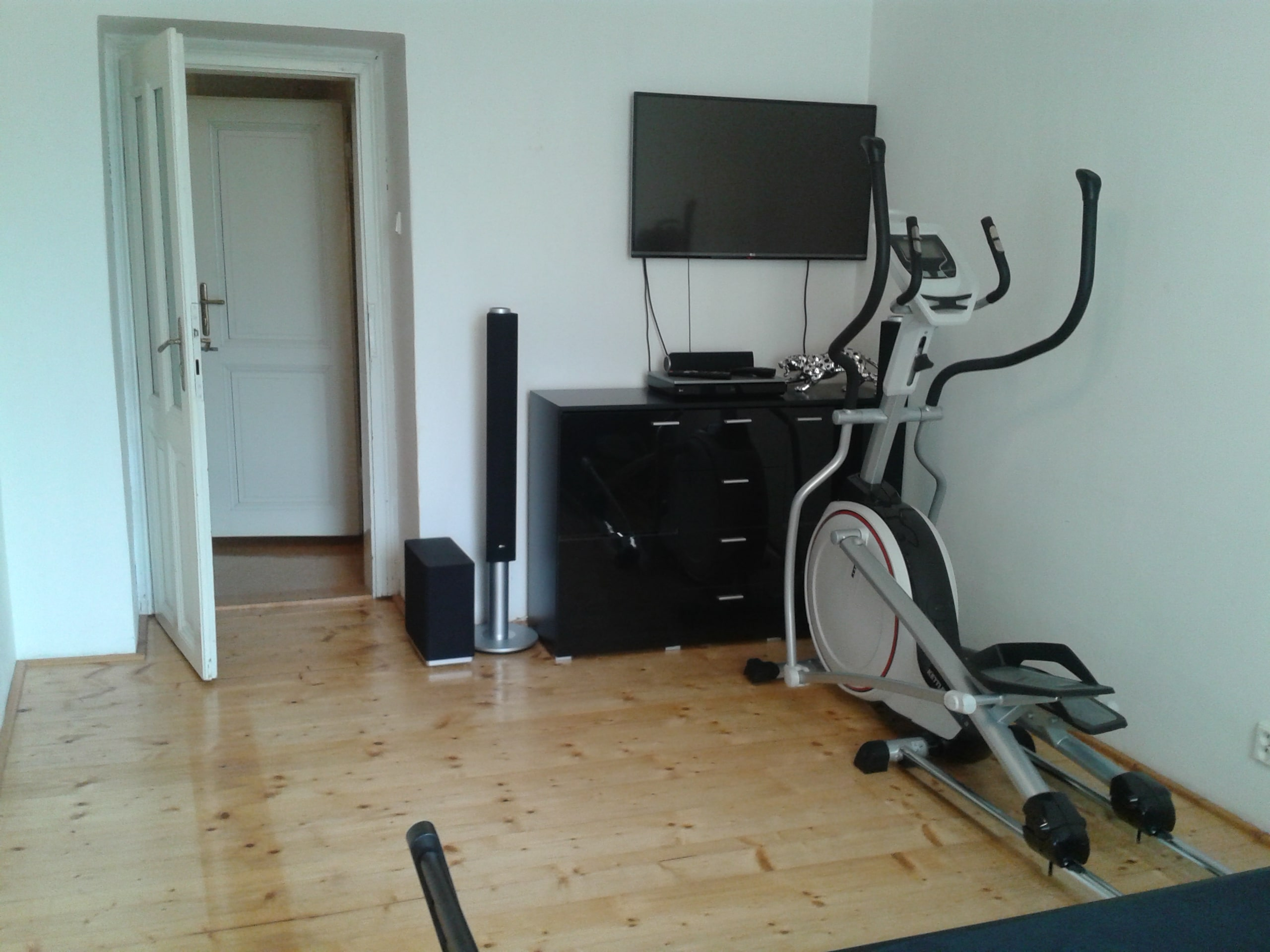 למכירה דירת 3+kk יפהפיה בפראג 1 העיר החדשה (46)