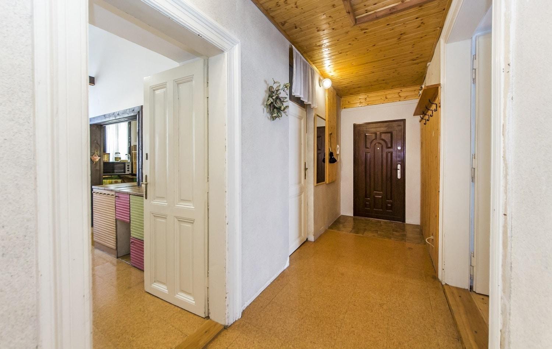 למכירה דירת 3+kk יפהפיה בפראג 1 העיר החדשה (5)