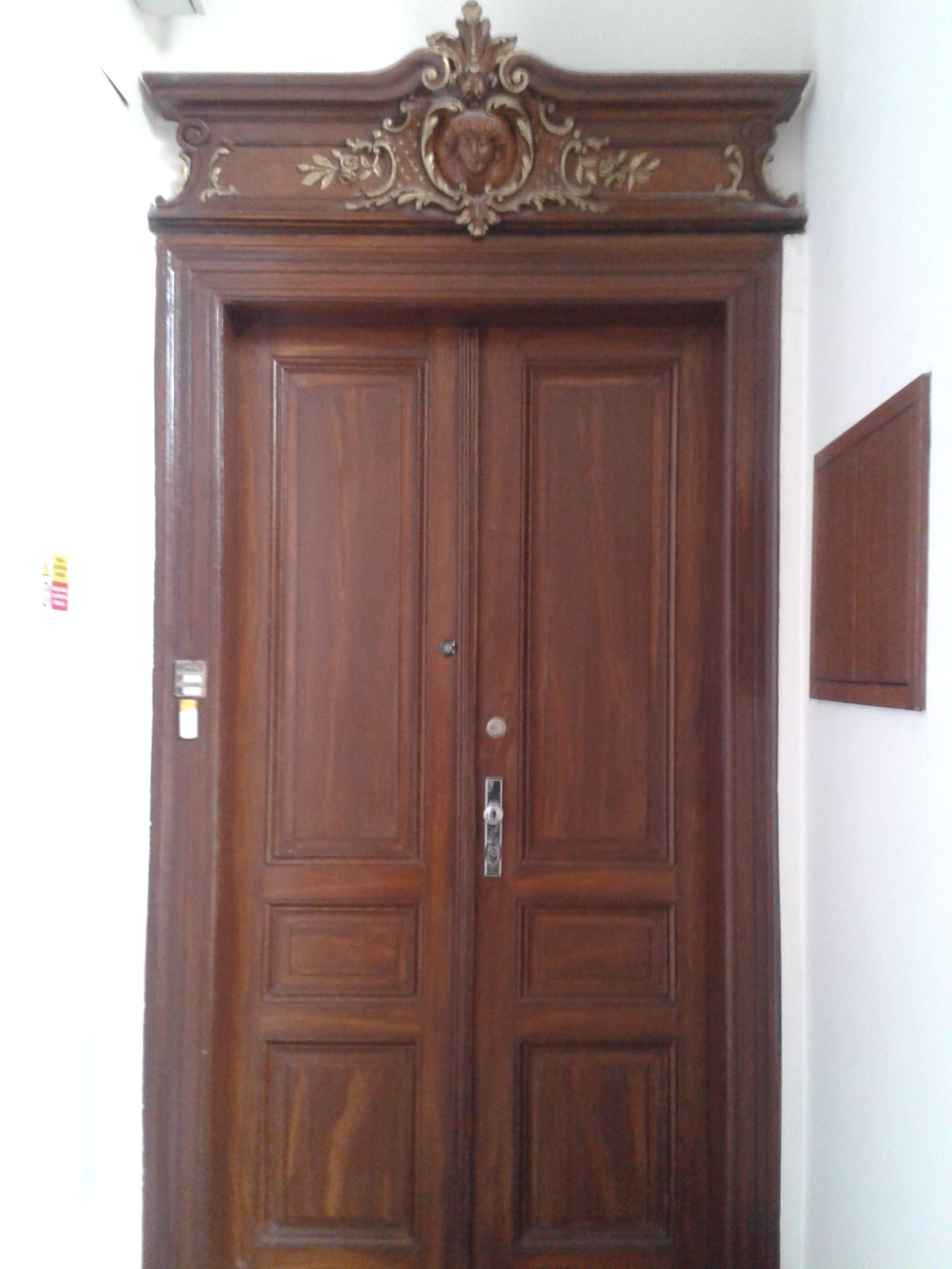 למכירה דירת 3+kk יפהפיה בפראג 1 העיר החדשה (53)