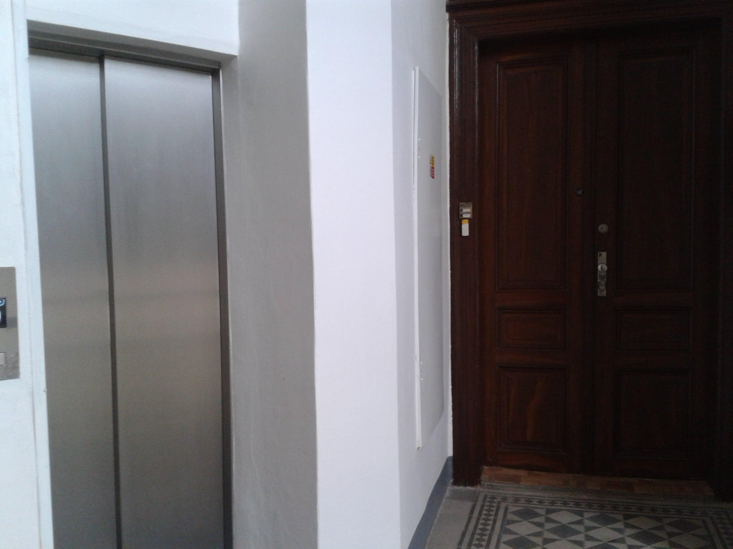 למכירה דירת 3+kk יפהפיה בפראג 1 העיר החדשה (54)