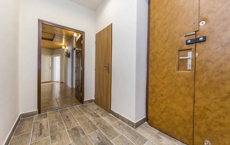 למכירה דירת 3+kk יפהפיה בפראג 1 העיר החדשה (9)