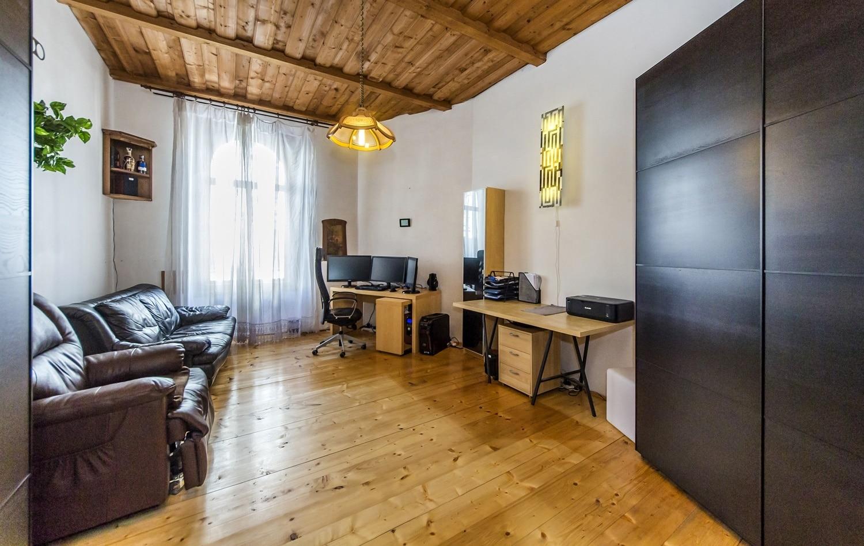 למכירה דירת 3+kk יפהפיה בפראג 1 העיר (23)