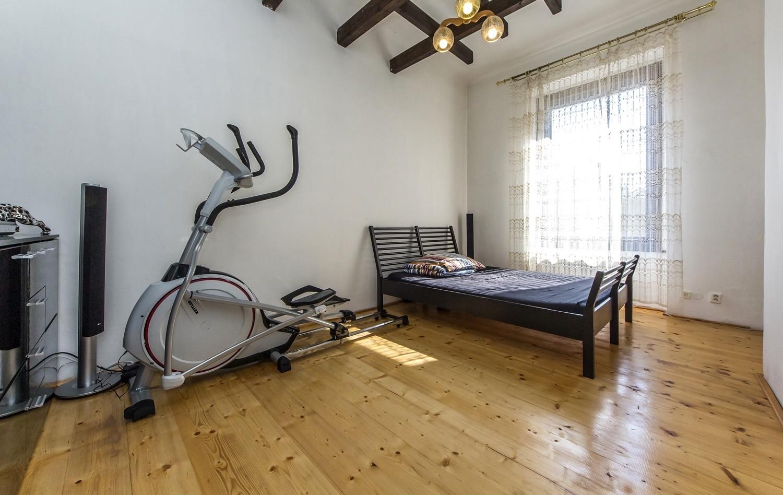 למכירה דירת 3+kk יפהפיה בפראג 1 העיר (25)