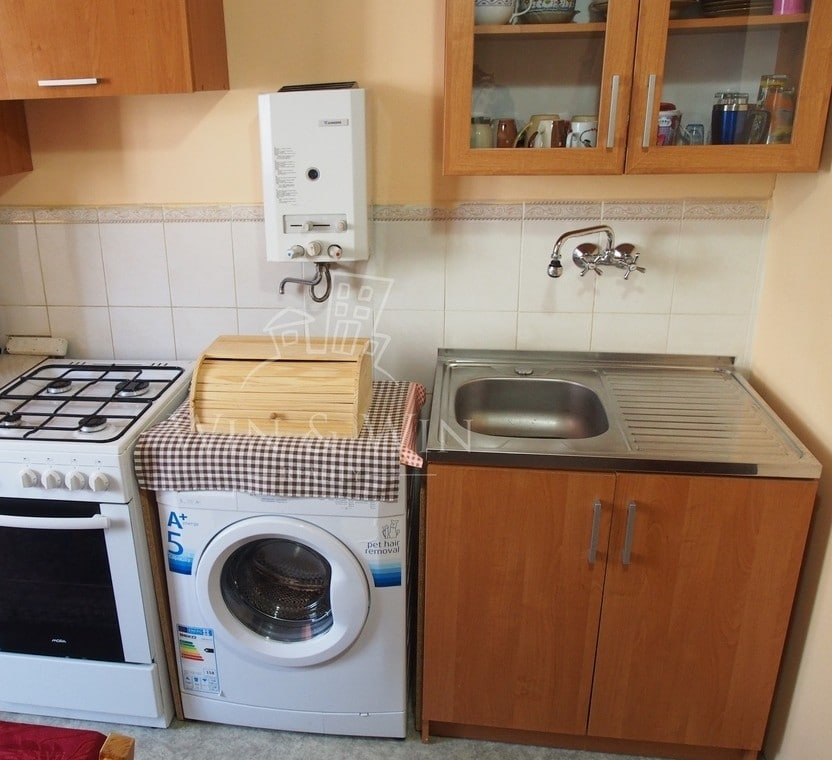למכירה דירת 2+1 בפראג 8 קרלין, מקואופרטיב (12)