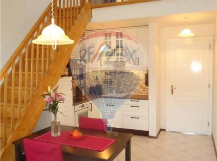 למכירה בפראג 2 דירת 2+KK בגודל 73 מר (1)